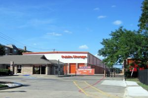Photo of Public Storage - Dallas - 2320 N Central Expy