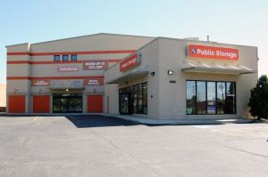 Photo of Public Storage - Lincolnwood - 3501 W Touhy Ave