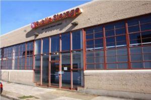 Public Storage - Memphis - 390 S Front Street