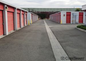 Photo of CubeSmart Self Storage - Long Beach - 2323 E. South St.