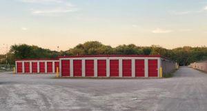 10 Federal Self Storage - 2225 J David Jones Pkwy, Springfield, IL 62703