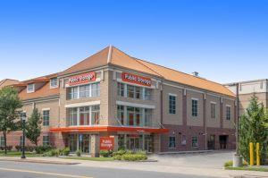 Public Storage - Waltham - 945 Moody St