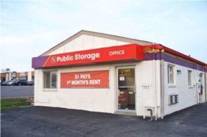 Public Storage - Gladstone - 7707 N Oak Trafficway