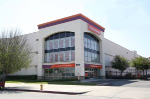 Photo of Public Storage - Van Nuys - 15350 Oxnard Street