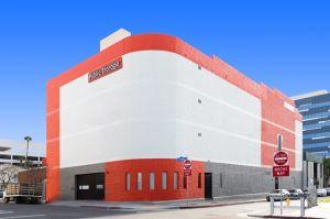 Public Storage - Los Angeles - 1606 Cotner Ave