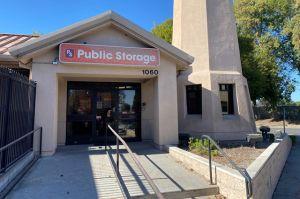 Public Storage - Sunnyvale - 1060 Stewart Drive
