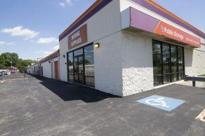 Photo of Public Storage - Lombard - 1110 E Roosevelt Road
