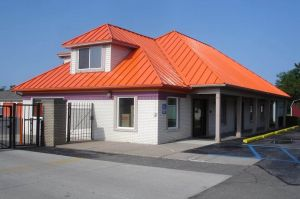 Photo of Public Storage - Waterford - 2745 Dixie Hwy
