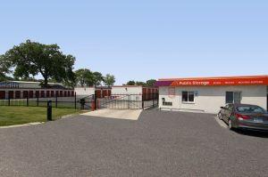 Photo of Public Storage - Lombard - 330 W North Ave