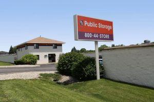 Photo of Public Storage - Aurora - 945 N Farnsworth Ave