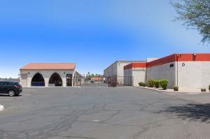 Public Storage - Phoenix - 2421 N Black Canyon Hwy