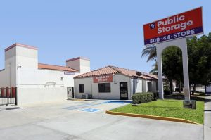 Public Storage - Stanton - 10792 Knott Ave