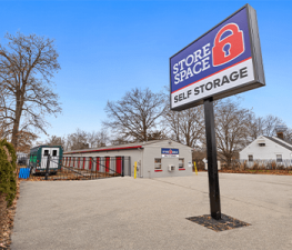 Photo of Store Space Self Storage - #1019