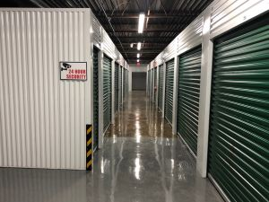 Ideal Self Storage - Ennis