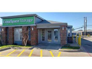 Photo of Extra Space Storage - Dallas - 3335 Northwest Hwy