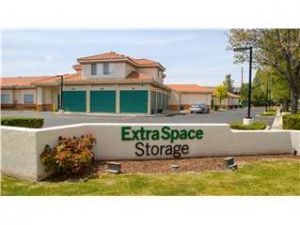 Photo of Extra Space Storage - Thousand Oaks - N Duesenberg