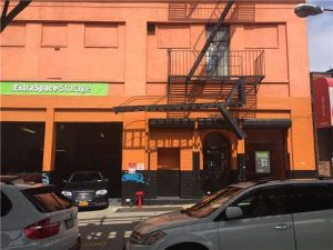 Photo of Extra Space Storage - Bronx - Jerome Ave