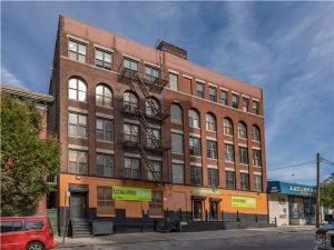 Photo of Extra Space Storage - Bronx - E 137th St