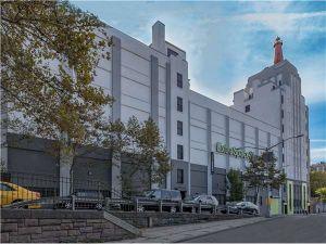 Photo of Extra Space Storage - Bronx - University Ave