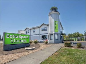 Extra Space Storage - Rohnert Park - Redwood Dr