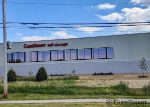 Photo of CubeSmart Self Storage - WI Oak Creek Drexel Avenue