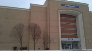 Photo of Life Storage - Richmond Heights - 641 Richmond Road