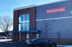 Photo of Public Storage - Arlington Heights - 1430 E Davis St