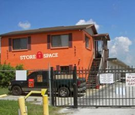 Photo of Store Space Self Storage - #L045