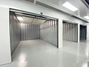 B&C Storage - Westvale - 511 Charles Ave