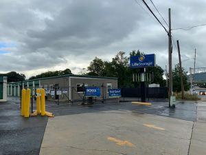 Photo of Life Storage - Huntsville - 315 Oakwood Avenue Northeast