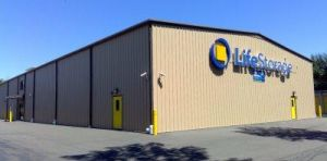 Photo of Life Storage - North Haven & Top 20 Self-Storage Units in Hamden CT w/ Prices u0026 Reviews