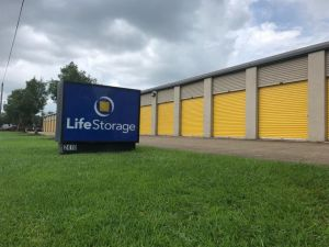 Life Storage - League City - 2410 East Main Street
