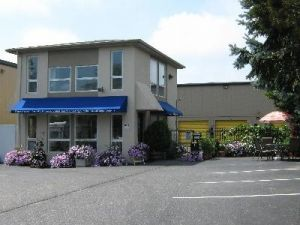 Photo of Uncle Bob's Self Storage - Southampton - 99 Mariner Dr