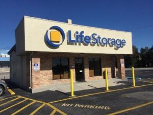 Photo of Life Storage - Huntsville - South Memorial Parkway