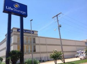 Photo of Life Storage - Jackson - 5111 I-55 North