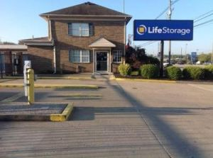 Photo of Life Storage - Louisville - Dixie Highway