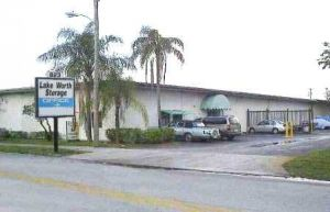 Photo of AA Alpine Storage - 900 Barnett-Lake Worth 1