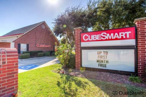 Photo of CubeSmart Self Storage - Frisco - 10121 Warren Parkway
