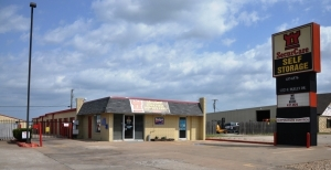 Photo of SecurCare Self Storage - Tulsa - E Skelly Dr
