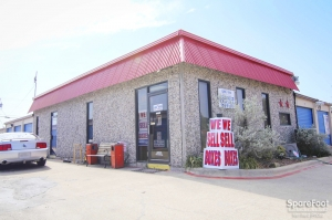 Photo of Long Horn Self Storage